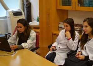 A Biomédica Fátima Morais cadastrou os Residentes Estagiários