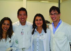 O CEADS recebe médicos do Exterior.