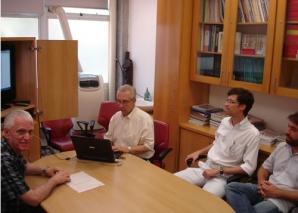 Prof. Dacio Broggiato Jr, Colaborador CEADS, ministra aula sobre Fotografia Digital.