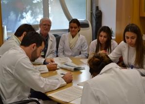 Prof. Fagundes aplicou as provas finais do estágio de DST