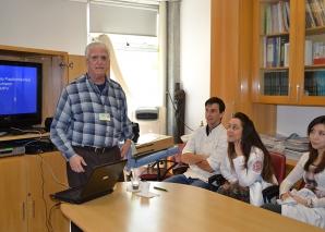 """Prof. Fagundes, fez Palestra sobre """"A Infecção pelo HPV""""."""