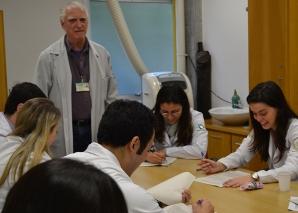 Residentes Estagiários fazem Prova Final de DST