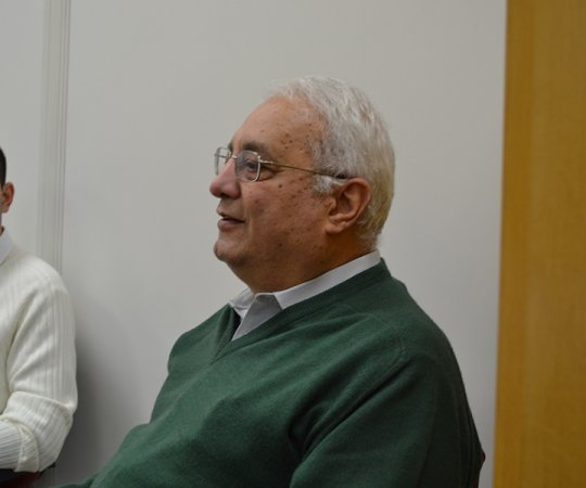 """Prof. José Delia Filho, Membro do Conselho Fiscal do CEADS, Ex- Superintendente do HC FMUSP, que fez a palestra sobre """"Gestão da Carreira no Exterior"""" para os residentes estagiários de DST de julho de 2014"""