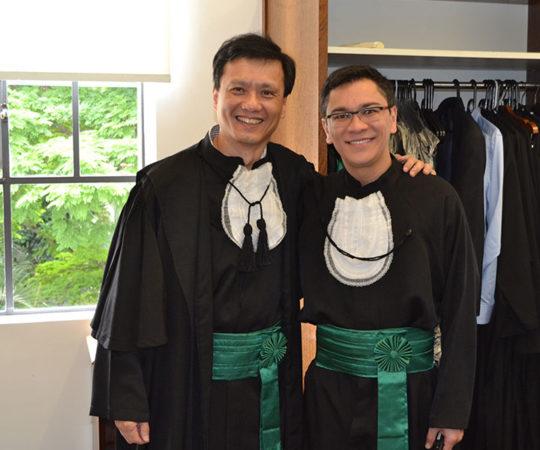 O Prof. Dr. Chao Lung Wen, Responsável pela Disciplina de Telemedicina da Faculdade de Medicina da USP e o Prof. Dr. Elso Elias Vieira Júnuior, que defendeu sua Tese de Doutorado, momentos antes da apresentação do Trabalho.