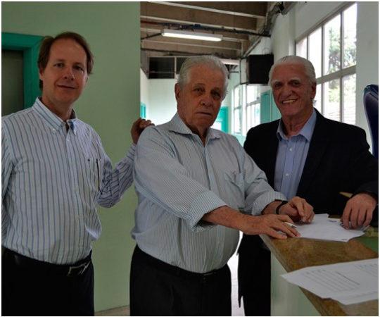 Prof. Dr. Ricardo Romiti, Presidente do CEADS, Prof. Dr. Ney Romiti, Coordenador da 13ª Jornada Dermatológica de Santos e o Prof. Dr. Luiz Jorge Fagundes, Coordenador Científico do CEADS.