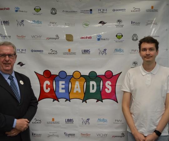 O Prof. Samuel Henrique Mande lbaum, Coordenador do Fórum de Debates do CEADS e o Sr. Richard Samuel Lingner, da Disciplina de Telemedicina que deu o suporte técnico à Web Conferência.