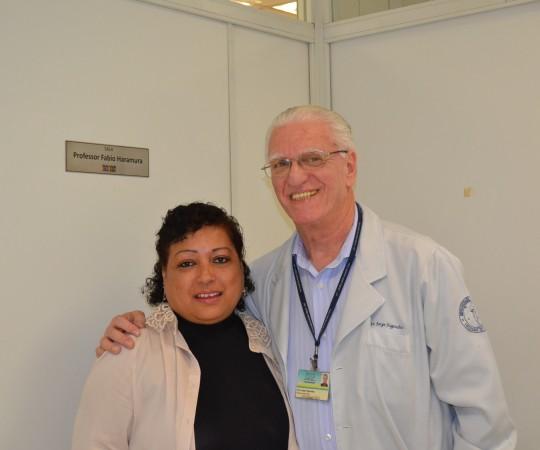 O Prof. Dr. Luiz Jorge Fagundes, Coordenador Científico do CEADS e a Secretária Maria de Lourdes da Silva, a qual prestava serviços ao Fabio e ao Prof. Fagundes