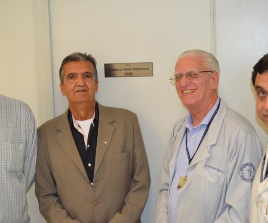 O Músico Mauro Giorgetti, O Engenheiro Henrique Santoro e os Médicos Prof. Dr. Luiz Jorge Fagundes e Paulo Roberto Gallo, Diretor do Centro de Saúde