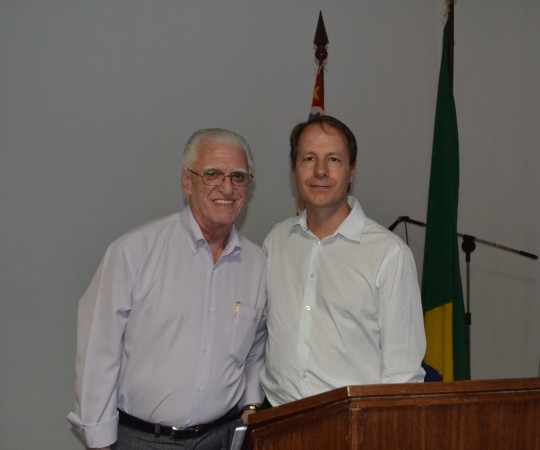 Prof. Dr. Ricardo Romiti, Presidente do CEADS e filho do Prof. Ney Romiti e o Prof. Dr. Luiz Jorge Fagundes,Coordenador Científico do CEADS, durante a XIII Jornada Dermatológica Prof. Ney Romiti, realizada em 19/09/2015.