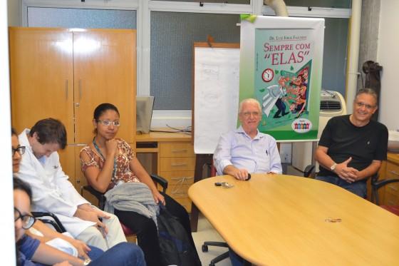 O Prof. Wesley Wey Jr, Coordenador de Gestão do CEADS, o Prof. Dr. Luiz Jorge Fagundes, Coordenador Científico do CEADS e os Residentes Estagiários de DST de novembro de 2015