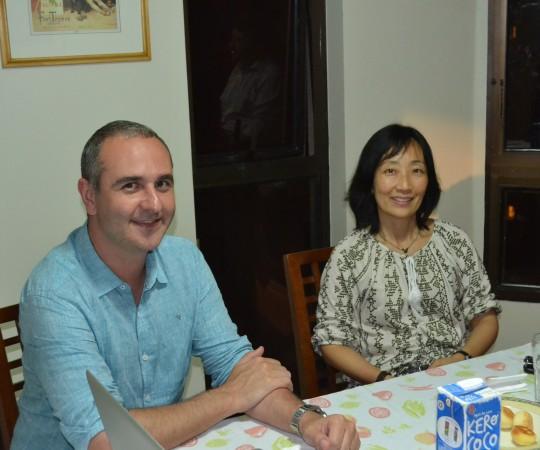 O Sr. Alexandre Chiea, Responsável Técnico pelo site do CEADS e a Profa. Silvia Quiota, durante a reunião para a exposição das mudanças do site do CEADS. Atenciosamente.Fagundes.