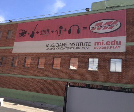 Fachada da Universidade Musicians Institute,uma das melhores Universidades de Musica do Mundo