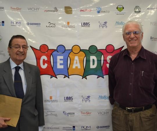 O Prof. Luiz Carlos Cucé, Coordenador do 58 Fórum de Debates e o Prof. Dr. Luiz Jorge Fagundes, no término do Evento, organizado pelo CEADS.