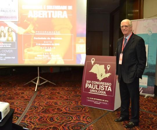 Prof. Dr. Luiz Jorge Fagundes, Coordenador Científico do CEADS , durante suas Palestras no XIV Congresso Paulista de Urologia, realizado em São Paulo de 08 a 10 de setembro de 2016.