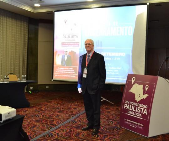 O Prof. Dr. Luiz Jorge Fagundes, Coordenador Científico do CEADS, presente no XIV Congresso Paulista de Urologia, para as Palestras sobre DST.