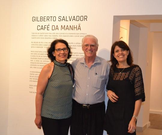 As Sras Andrea Rheder e Lidia Neves, Colaboradora do CEADS e o Prof. Dr. Luiz Jorge Fagundes.