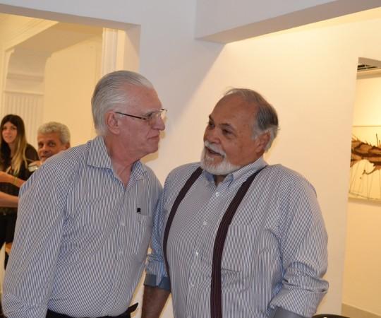 O Artista Plástico e Colaborador do CEADS e o Prof. Dr. Luiz Jorge Fagundes, Coordenador Científico do CEADS.