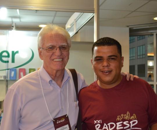 O Prof. Dr,. Luiz Jorge Fagundes e o Sr. Reginaldo Silva, membro da Comissão de Coordenação da XXI RADESP.