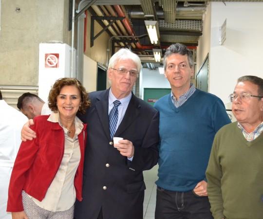 A Profa Dra. Eide Vidal do Instituto Adolfo Lutz, O Sr. Marcos Vidal o Sr. Jose Maria Giovanelli, Colaboradores do CEADS e o Prof. Dr. Luiz Jorge Fagundes, Coordenador Científico do CEADS e Organizador do Evento.