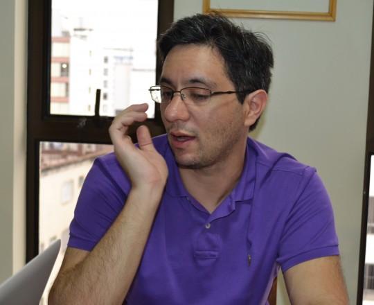 O Engenheiro, Gustavo Capistrano Haramura, do Grupo de Gestores Voluntários, durante a Reunião do CEADS.