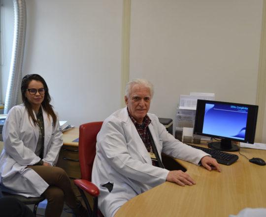 "O Prof.Dr. Luiz Jorge Fagundes, Coordenador Científico do CEADS e os Estagiários de agosto de 2017, durante a Palestra sobre ""Sífilis Congênita""."