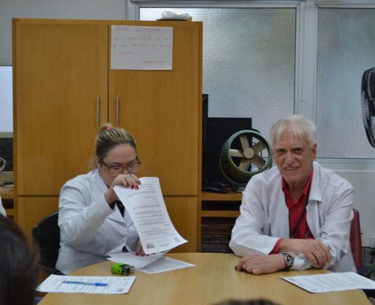 O Prof. Dr. Luiz Jorge Fagundes, Coordenador Científico do CEADS e os Estagiários de DST de agosto de 2017, durante a realização das Provas Finais, com assuntos alusivos à Doenças Sexualmente Transmissíveis.