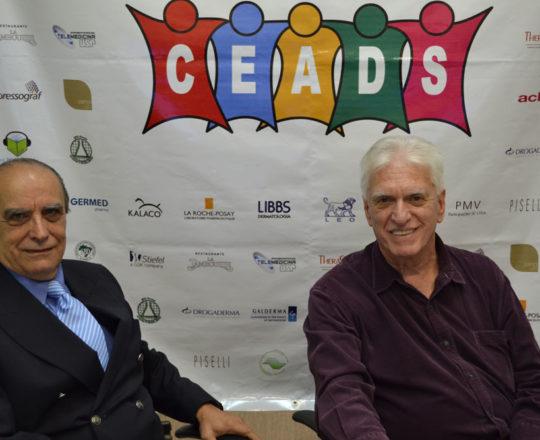 O Prof. Dr. Ival Peres Rosa e o Pof. Dr. Luiz Jorge Fagundes, durante o 71 Fórum de Debates do CEADS.
