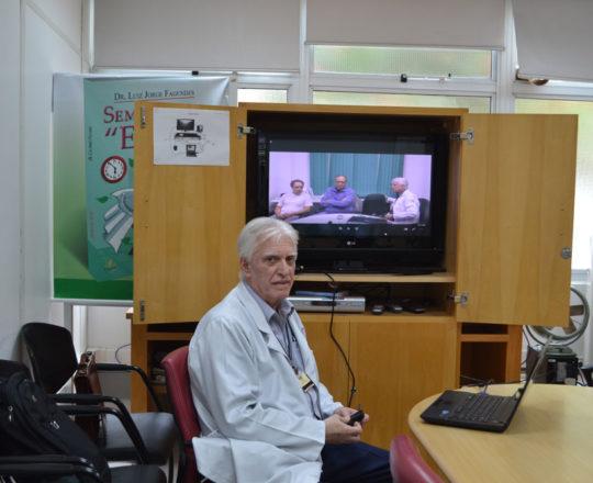 """O Prof. Dr. Luiz Jorge Fagundes, Coordenador Científico do CEADS, durante a apresentação do Vídeo sobre """"Fundamento da Gestão."""