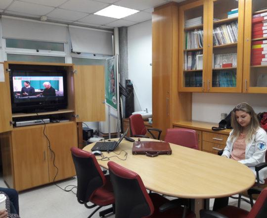 """Presença dos Estagiários na Sala Prof. Fabio Haramura, para a apresentação do vídeo sobre """"Gestão de Conflitos"""", elaborado pelo CEADS."""