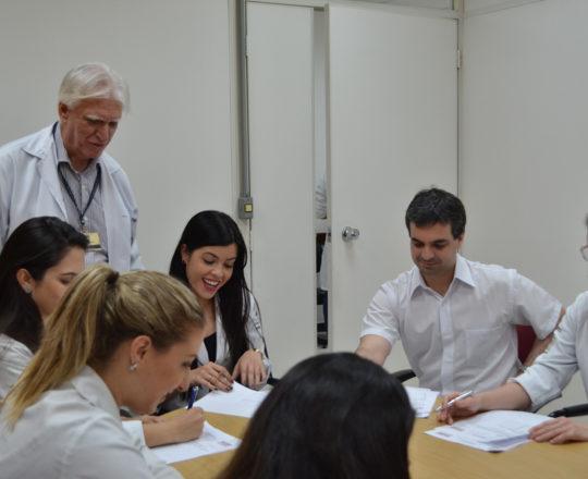 Os Estagiários de DST de março de 2018 e o Prof. Dr. Luiz Jorge Fagundes, durante a realização das provas iniciais de DST. Atenciosamente. Fagundes