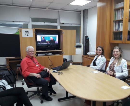 """O Prof. Dr. Fagundes exibiu vídeo sobre """"Gestão de Conflitos"""""""
