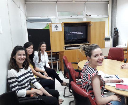 Profa. Nathalia Targa Pinto apresentou a Situação Atual da Hanseníase no Brasil.