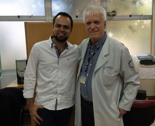 O Prof. Dr. Luiz Jorge Fagundes e o Pianista e Colaborado do CEADS, o Prof. Luciano Ruas, que irá se apresentar dia 27/07/2018, no Auditório João Yunes da Faculdade de Saúde pública da USP.