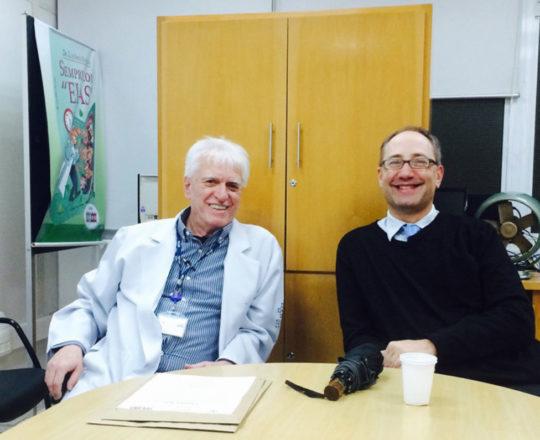 """O Prof. Theo Lerner e o Prof. Dr. Luiz Jorge Fagundes, Coordenador Científico do CEADS, durante a apresentação da Palestra sobre """"Situações de Abuso Sexual""""."""