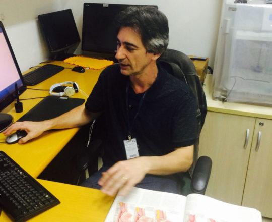 "O Prof. Gustavo Zagatto, durante sua Palestra sobre o ""Projeto do Homem Virtual""."