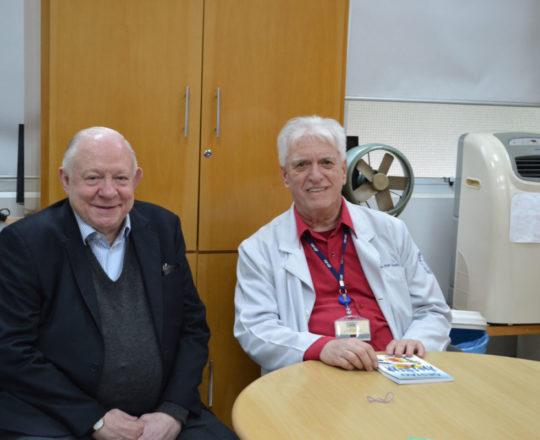 """O Prof. Dr. Sidnei Martini e o Prof. Dr. Luiz Jorge Fagundes, Coordenador do CEADS, durante a Palestra sobre """"Gestão das Carreiras Pessoal, Social e Profissional."""