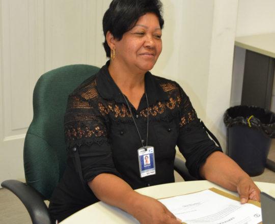 A Sr. Zenaide Forçam Secretária da Telemedicina, homenageada pelo CEADS.