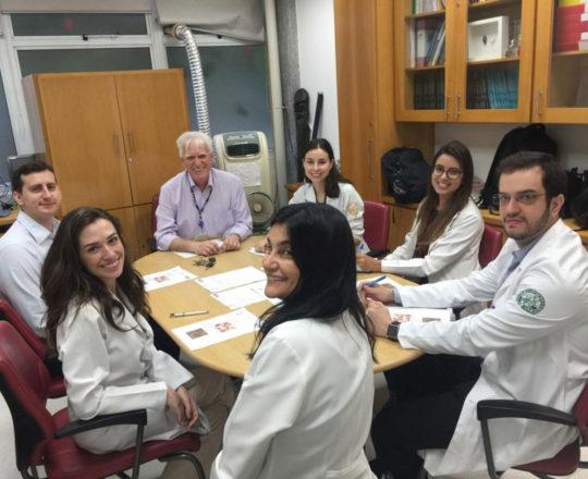 O Prof.Dr. Fagundes e os Estagiários de DST de fevereiro de 2019, durante a Realização das provas iniciais