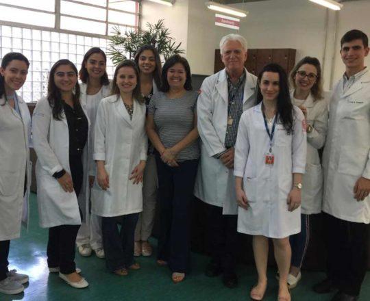A Profa. Vera Sampaio, o Prof Dr. Fagundes e os Estagiários de DST de outubro de 2019