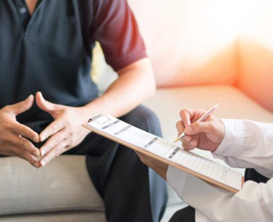 Sífilis tem cura? Saiba causas, sintomas, estágios e como tratar a doença.