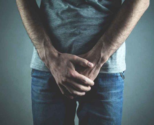 Candidíase em homem: coceira e inchaço no pênis são sintomas; saiba tratar