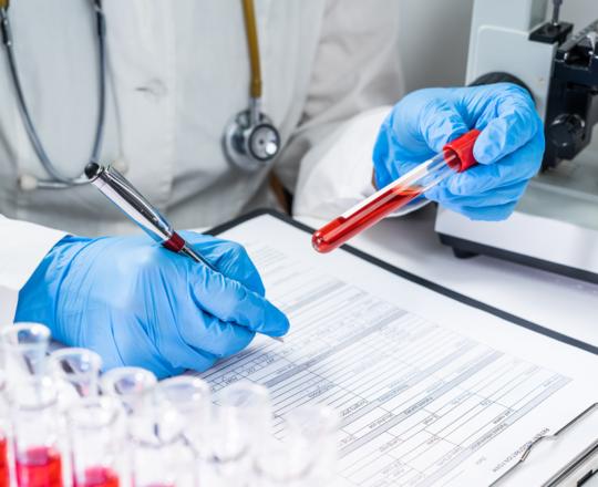 Após 40 anos de pandemia, vacina contra HIV é um sonho possível
